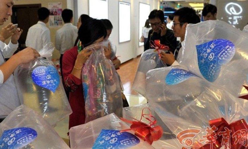 China Buying Fresh Air-2