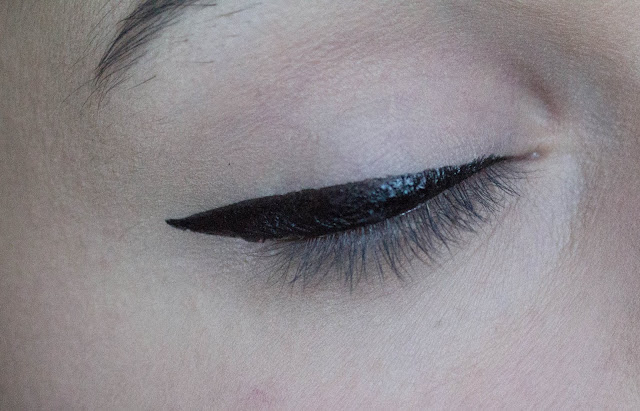Fenty Beauty Flyliner