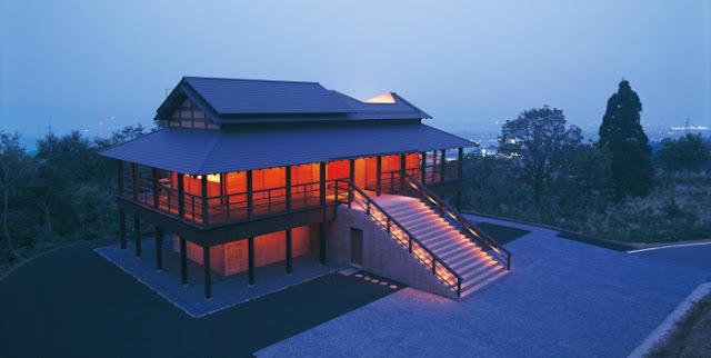 光の芸術、ジェームズ・タレル日本で見れるタレルの作品【a】 光の館  越後妻有トリエンナーレ