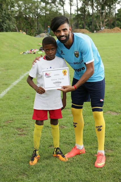 Atlético Pantoja realiza reconocimiento a sus formativas