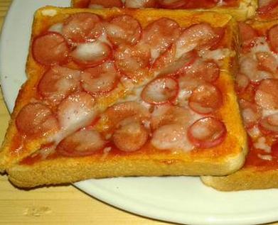 Roti Pizza Sosis