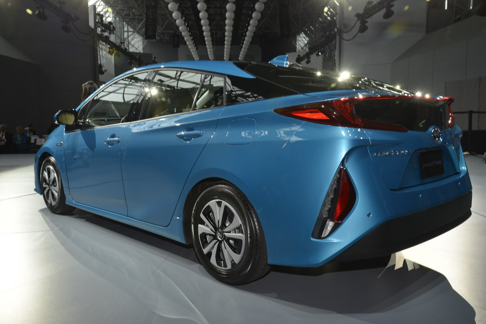toyota delays launch of plug in prius prime in japan. Black Bedroom Furniture Sets. Home Design Ideas