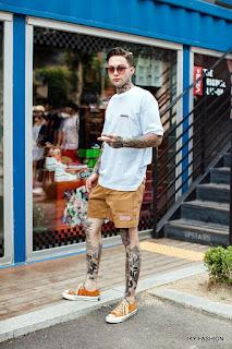model Celana Pendek Dan Kaos pria kekinian