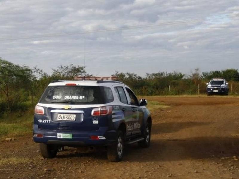 Corpo de mulher decapitada é achado na periferia