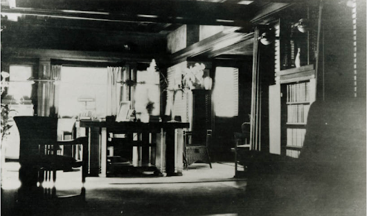 THE MARTIN HOUSE LIBRARY C1910