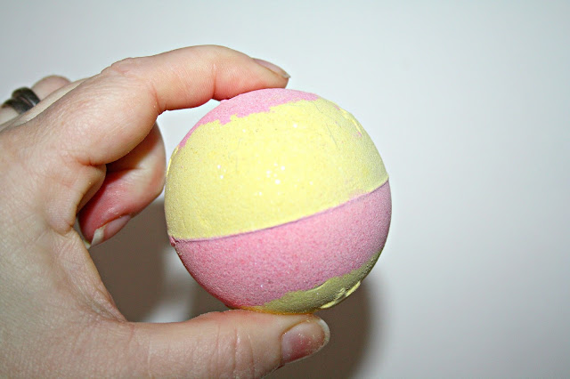 Soap & Glory Fizz-A-Ball