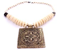 Fashion Jewelry Online Shopping Store india Brass White Beaded Necklace