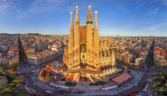 Feriados em Barcelona em 2015 - Sagrada Família