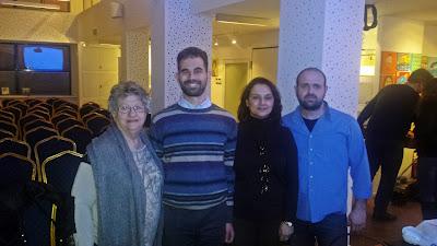 Ο Βαγγέλης Αυγουλάς, με την Πρόεδρο κα Τριφωνίδη, την Αντιπρόεδρο κα Αντωνίου και το μαέστρο Γιάννη Γαβρά
