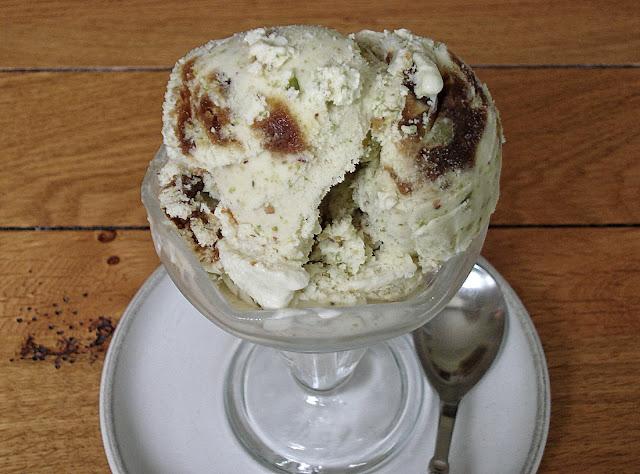 Apricot and Pistachio Ice Cream