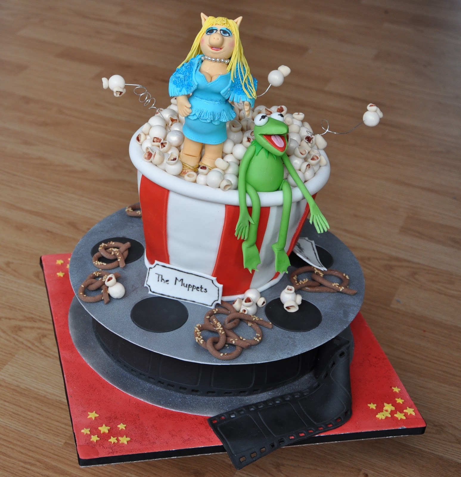 1000 Images About December Muppets Christmas On Pinterest: Be-Cake: Muppets Cake