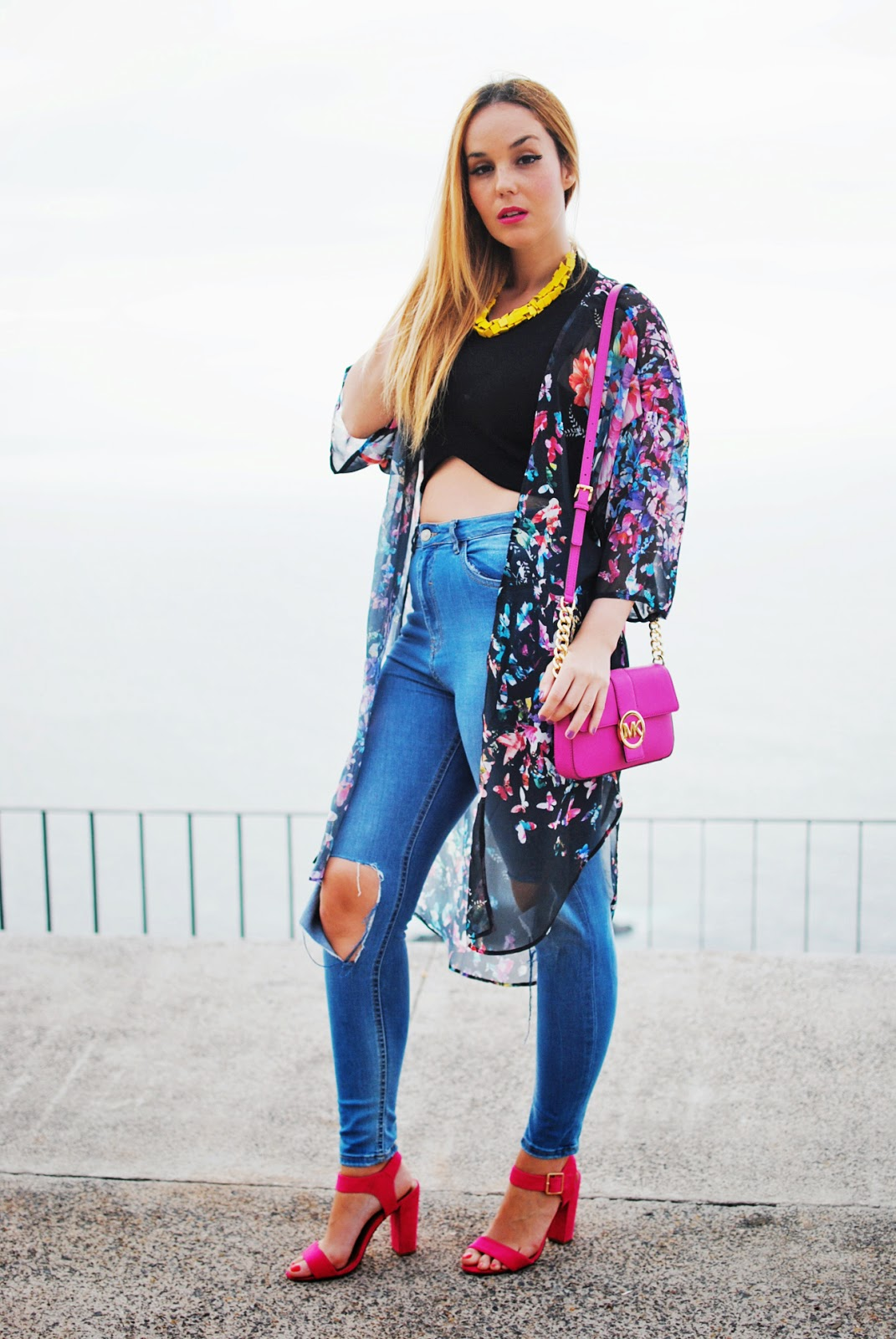 KIMONO, FLORAL PRINT, MOM JEANS, PANALONES DE MAMÁ, RIPPED JEANS, Primark