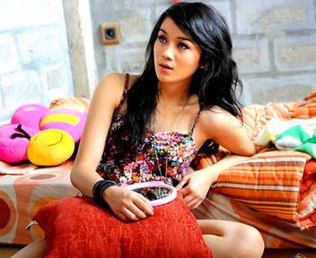 Konon, Katanya Sunda Tempat Para Gadis Cantik Layaknya Bidadari. Lihat Foto-Foto Gadis Sunda ini