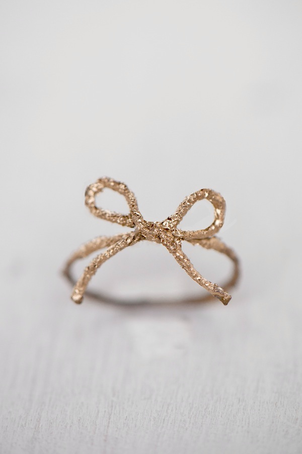 Ring Bow Il Gioiello Personalizzabile Con La Tua Nailart: Oh The Lovely Things: DIY Twine Bow Ring & Knot Ring