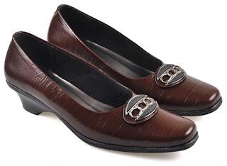 Sepatu Kerja  Wanita DCC 002