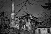 http://fineartfotografie.blogspot.de/2014/03/the-aesthetics-of-decay-verfallenes.html