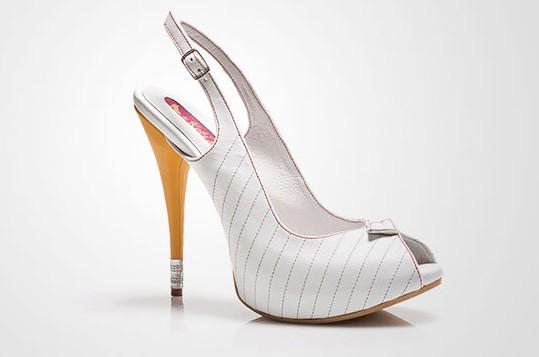 Những đôi giày có kiểu dáng kỳ lạ nhất thế giới14