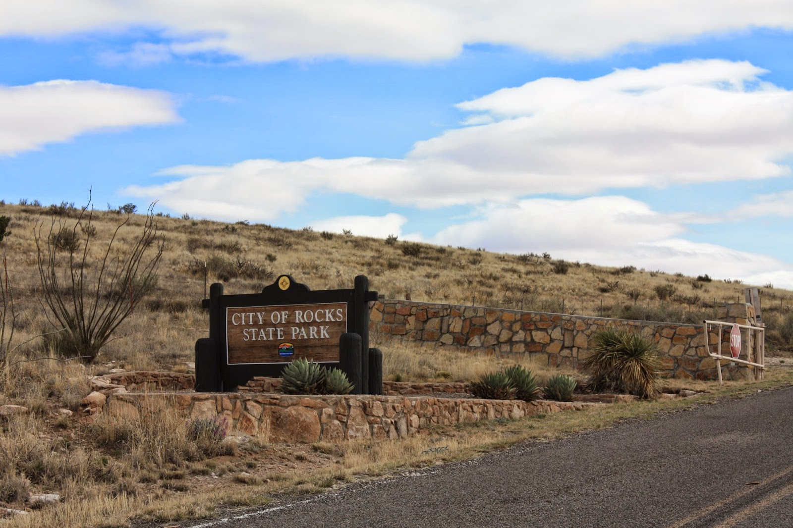 Sign at the entrance to City of Rocks State Park