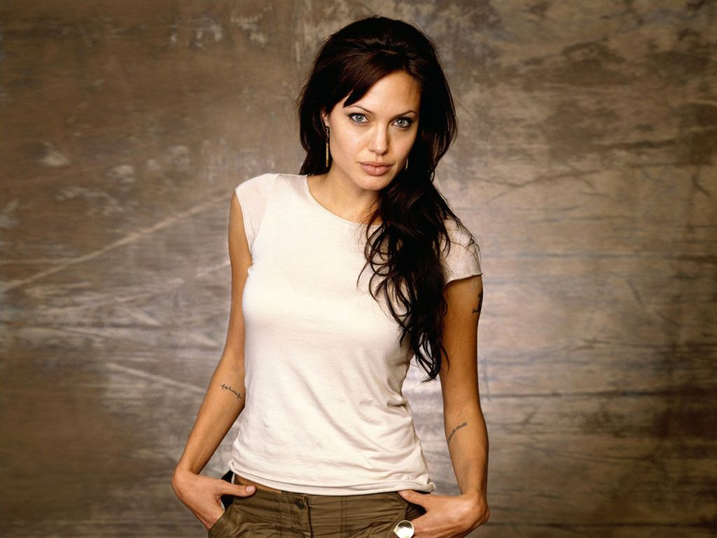 Angelina Jolie Hot Pictures, Photo Gallery  Wallpapers -8586
