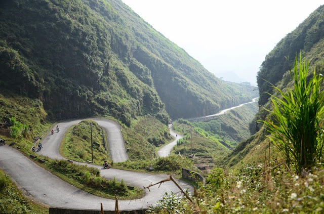 Ideal places for travelling by motorbike in Vietnam1