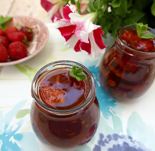 Domowy kisiel z truskawkami