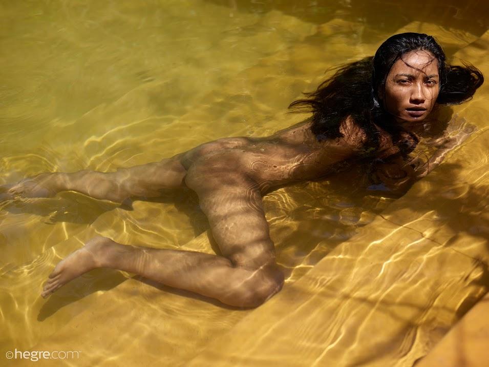 Hegre Nuna Artsy Pool Nudes hegre 10020
