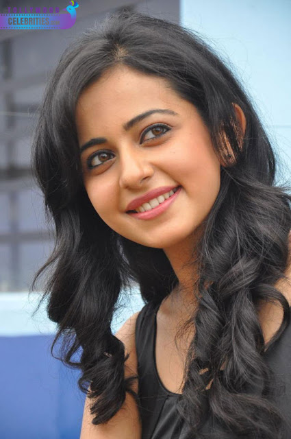 Rakul Next Movie With Akkineni's Family