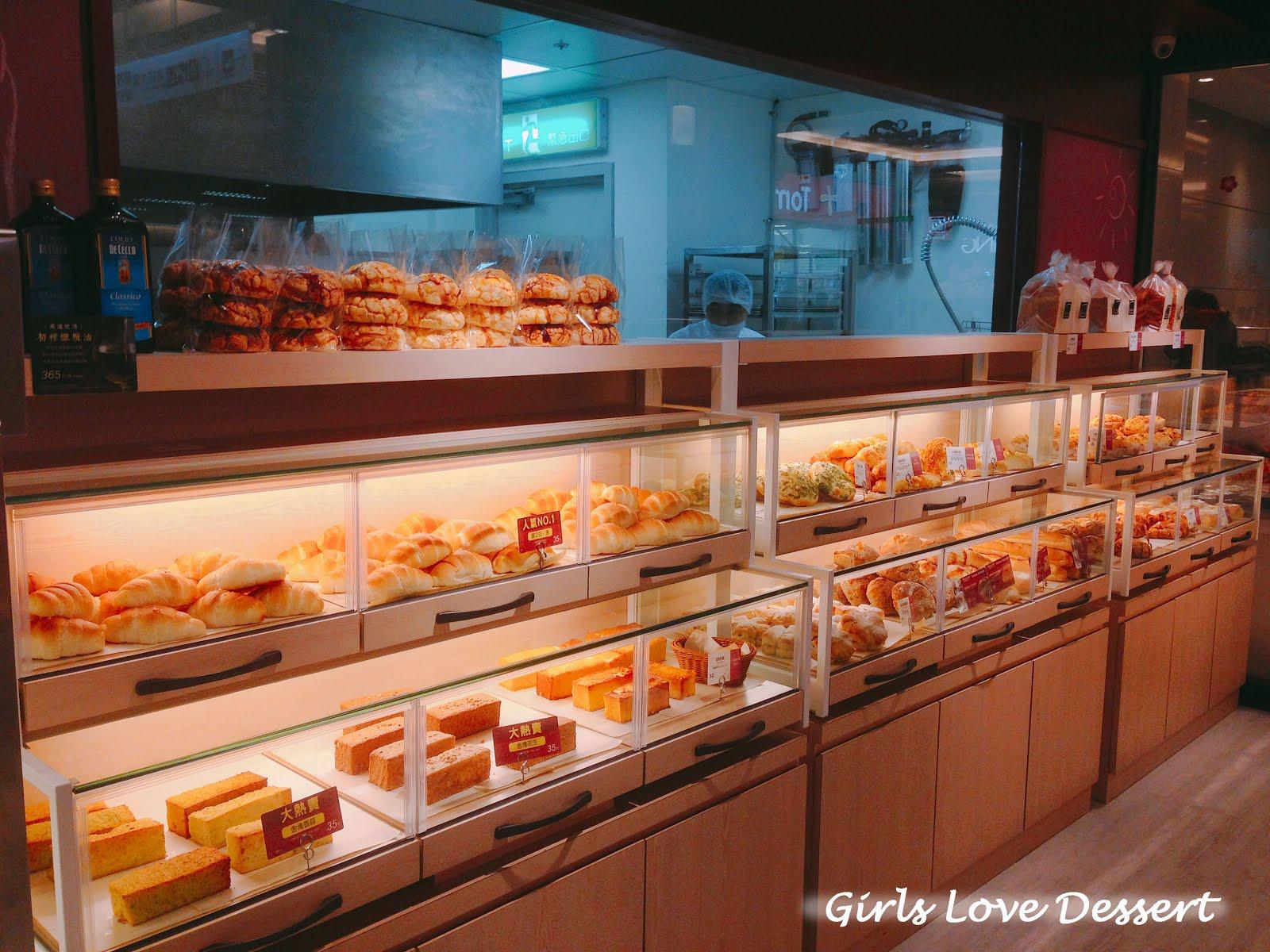 女生愛甜點 Girls Love Dessert: 【臺北南港】聖娜 Semeur|巧克力蒸蛋糕,健康美味的小清新