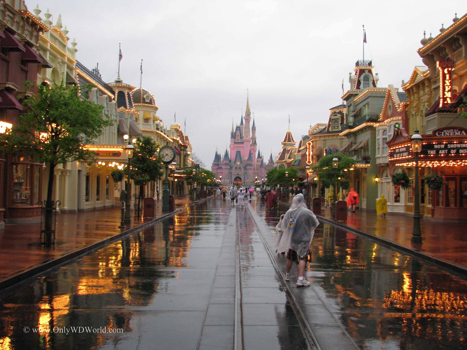 Disney World Vacation Why A Rainy Day Could Be Your