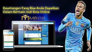 Keuntungan bermain judi bola online uang asli M8ko