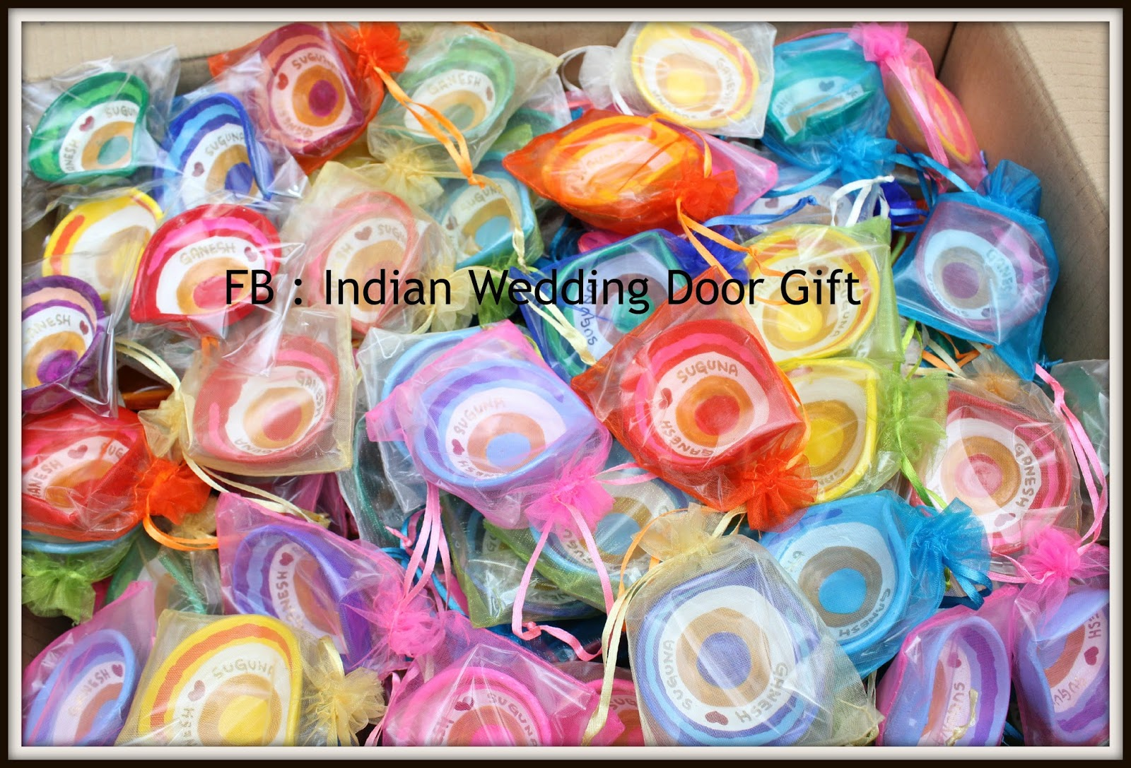 Door Gift For Wedding: Indian Wedding Door Gift: More Door Gift Photo's