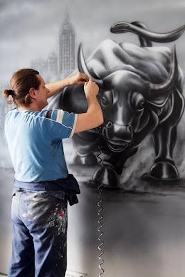malowanie byka, mural w biurze, malowanie ścian w biurze, malowanie obrazów, logotypów, napisów na ścianach w biurach i lokalach biurowych.