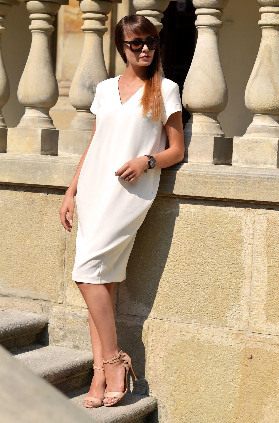 nie martw się opinią innych | etykiety | ocenianie | sukienka biala na wesele | blogerka modowa
