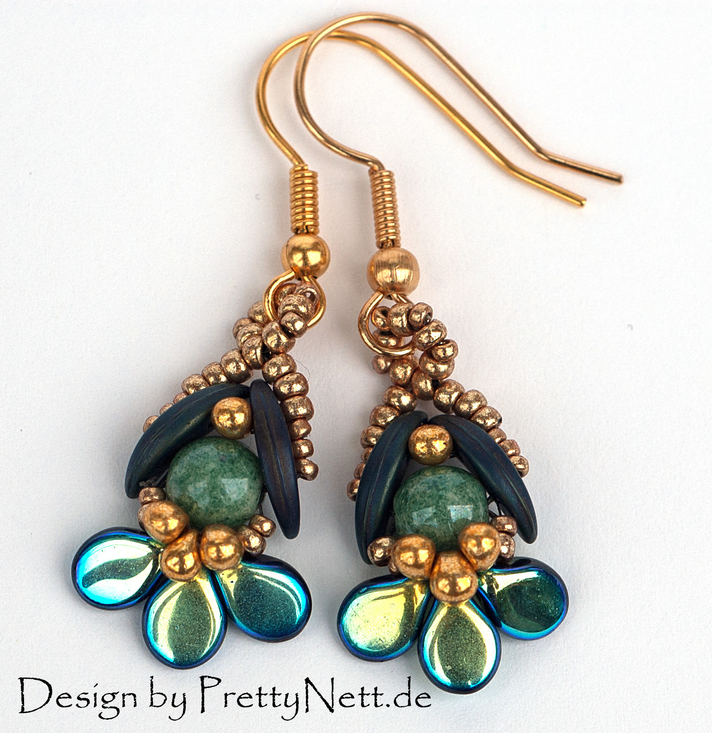 4 Pip Beaded Earrings Tutorials to Try! - The Beading Gem ...