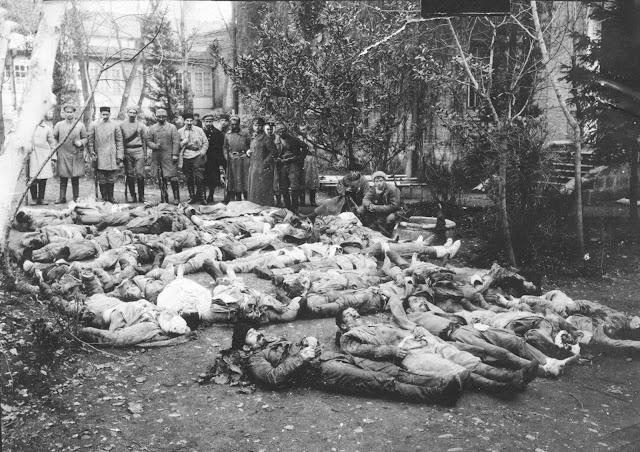 23 февраля отмечают день памяти юнкеров и добровольцев, погибших защищая Тбилиси от Красной Армии