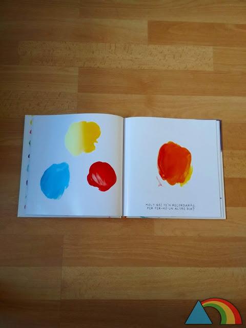 """Interior del libro """"Colores"""" de Hevé Tullet"""