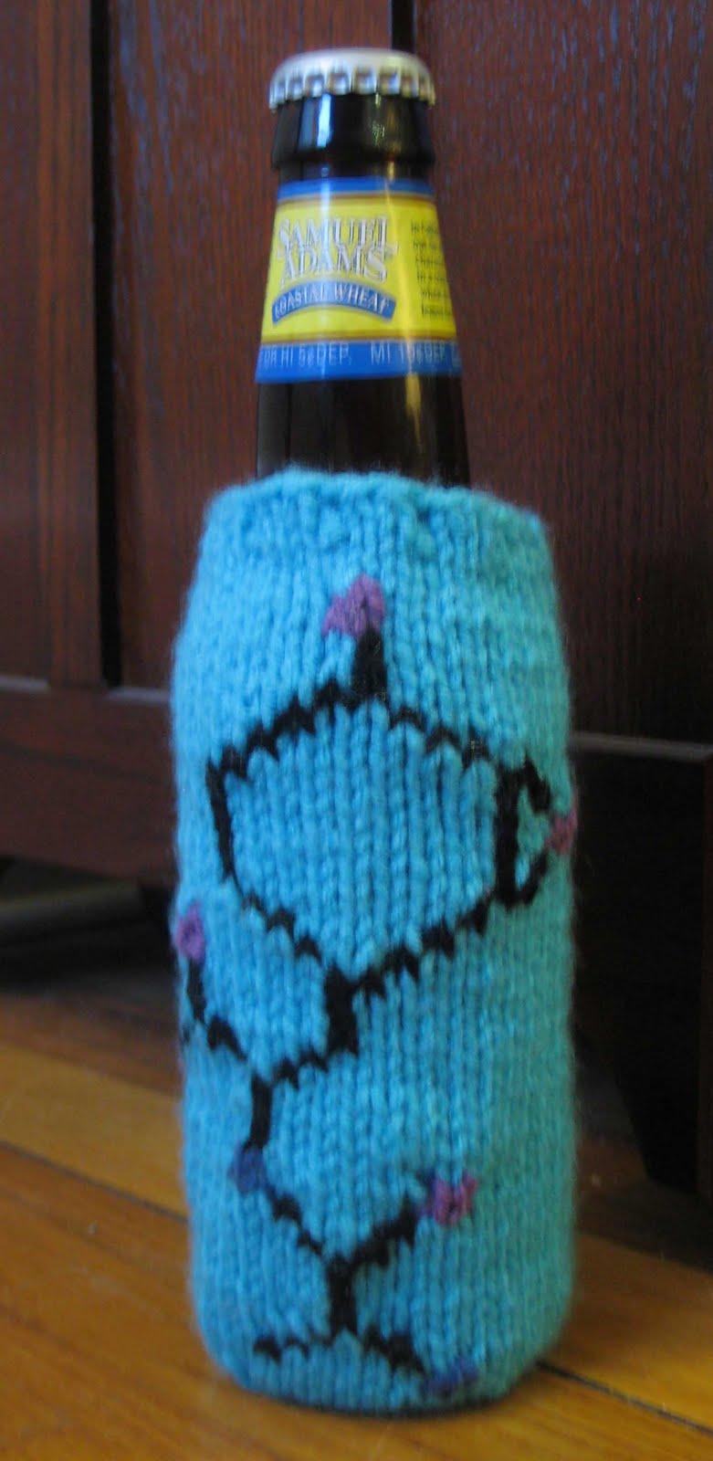 ChemKnits: Bacilysin Beer Cozy Knitting Pattern