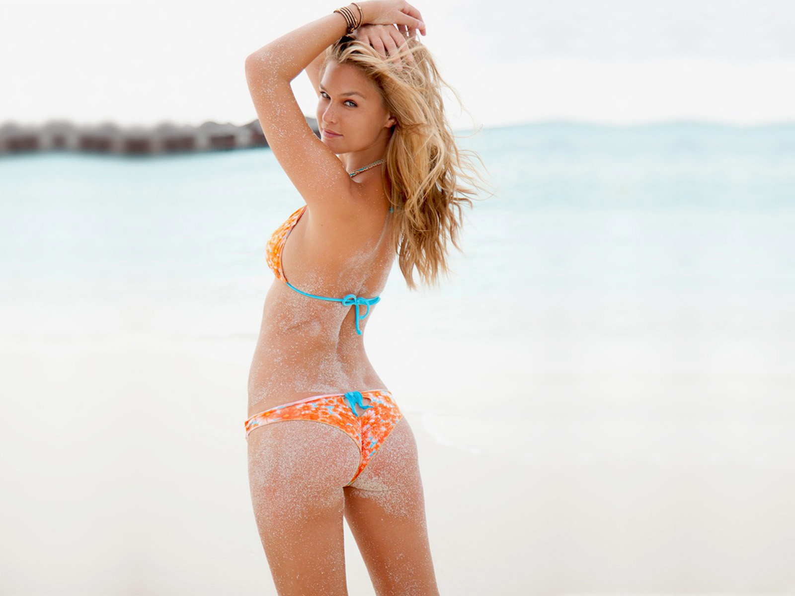 bar refaeli in a - photo #28