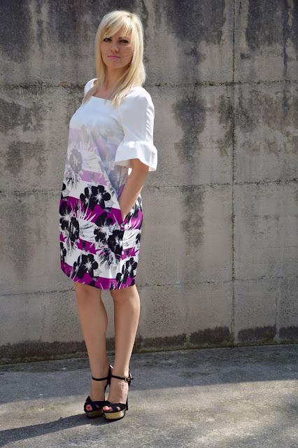 abito stampato felicia magno abito con stampa fiori felicia magno abito floreale felicia magno come abbinare la stampa a fiori flora print dress felicia magno