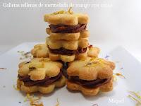 Galletas rellenas de mermelada de mango con cacao