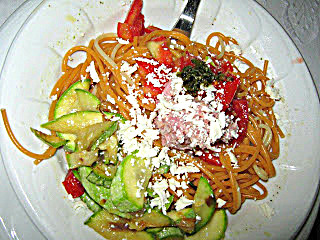 cukkinis  spagetti