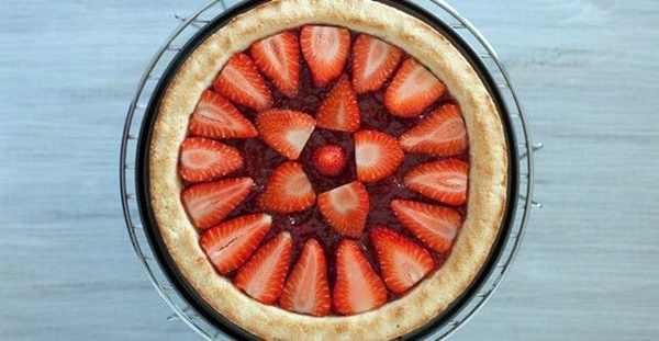 Crostata Di Fragole Fatta In Casa