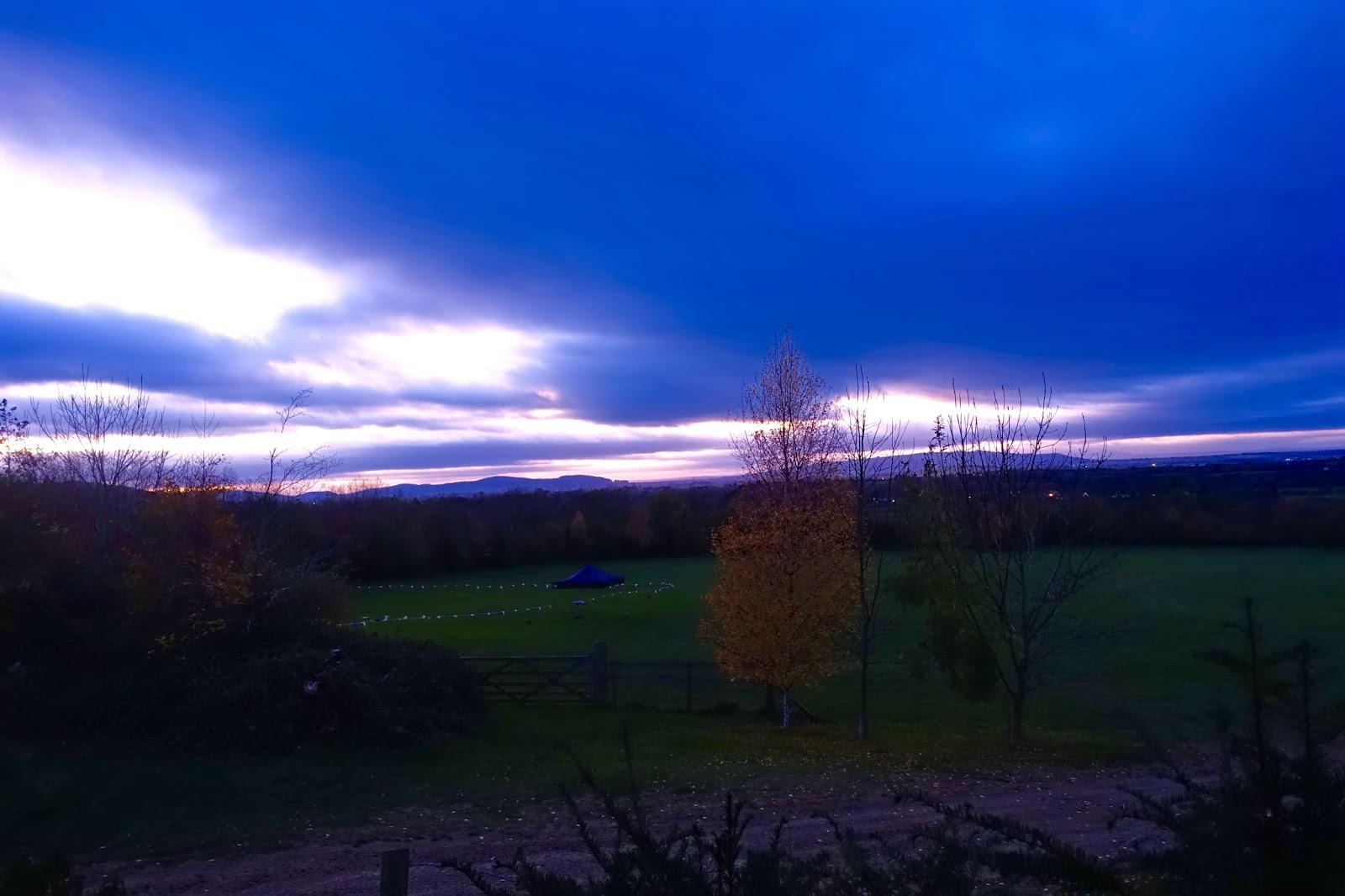 blue sunset in the cotswolds