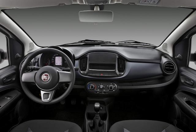 Fiat Uno 2019 - interior