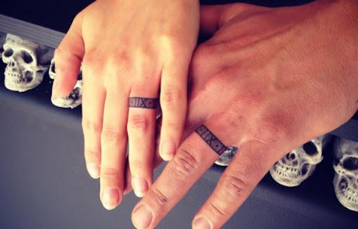 Estes casamento tatuagens