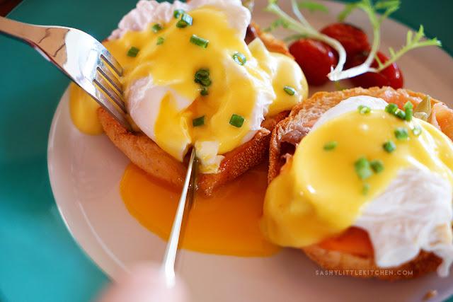 Egg Benedict - Anja Jimbaran