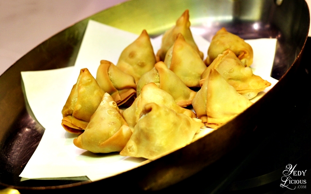 Vegetable Samosa Indian Food Buffet at HYATT COD Manila