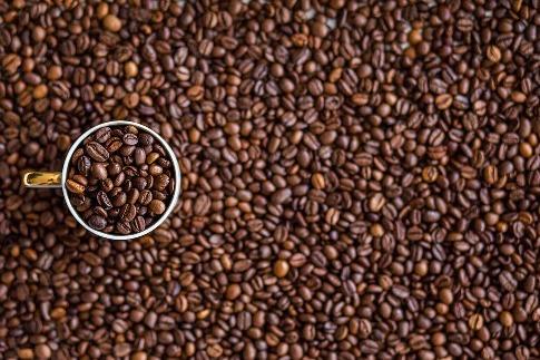pixabay.com/en/coffee-coffee-beans-drink-caffeine-1324126