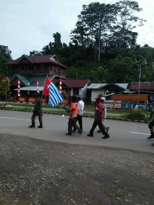 Foto-Foto Aksi Di Bintuni Dukung ULMWP Bawa Bendera Papua