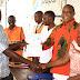 Diwani wa Kata ya Ndugumbi Mh Thadei Massawe akabidhi Vyeti kwa Madereva Pikipiki (Bodaboda ) waliokuwa katika mafunzo maalum ya kuwajengea uwezo